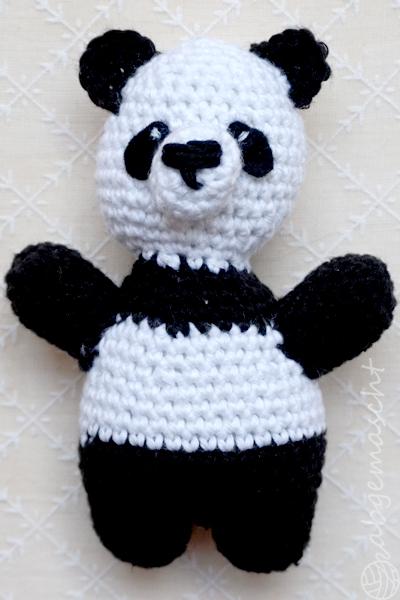 Panda schwarz - Weltmeister mit den Häkelhelden - abgemascht
